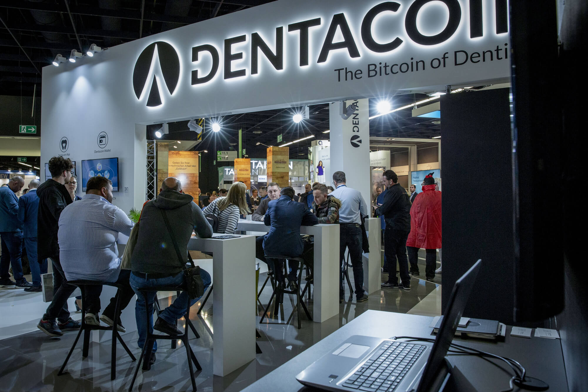 Dentacoin ids stand crowded